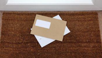 Verzendtheorie uit de Awb geldt voor alle postbezorgers