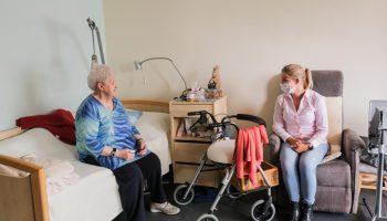 Bezoekverbod COVID-uitbraak verzorgingstehuis